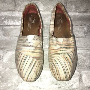 Women's Toms Slip on Size 8